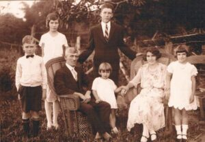 Pyne Family - Deeral, FNQ (1933)
