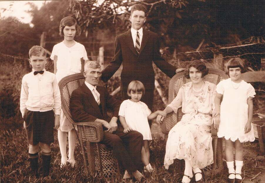 Jack Pyne and Family (1935)